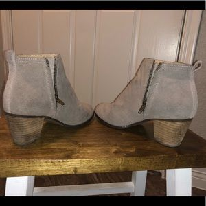 EUC greige suede Land's End Booties 8B